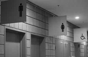 Commercial_restroom